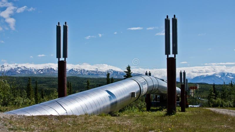 O encanamento de Transporte-Alaska foto de stock