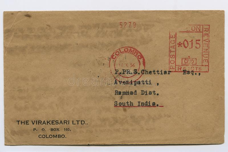 O envelope velho do vintage franqueou 1956 Sri Lanka, colombo, selo, tiro Kalyan do estúdio fotografia de stock