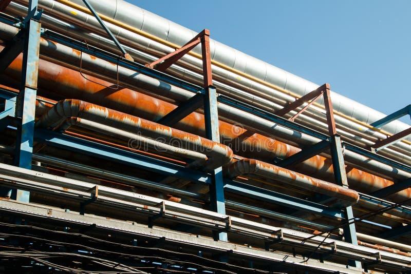 O equipamento da refinação de óleo fotos de stock