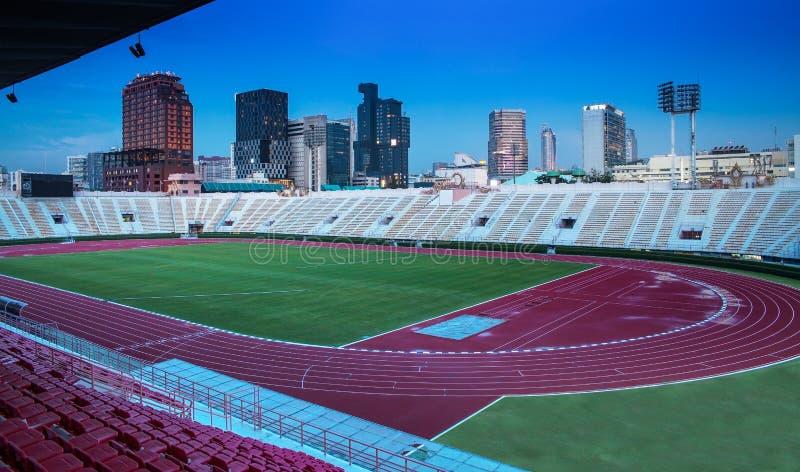 O estádio nacional de Tailândia com construção moderna, Banguecoque. imagem de stock royalty free