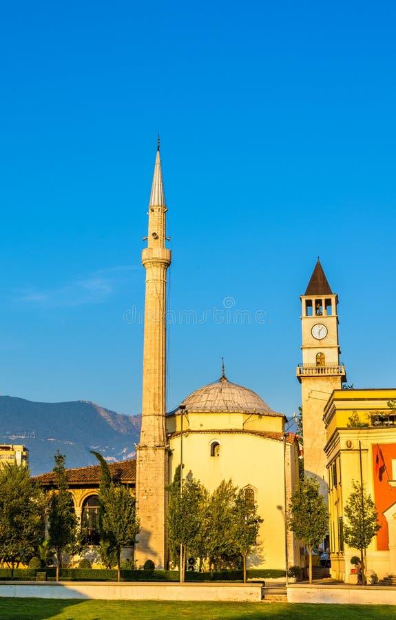 O Et'hem Bey Mosque em Tirana fotos de stock