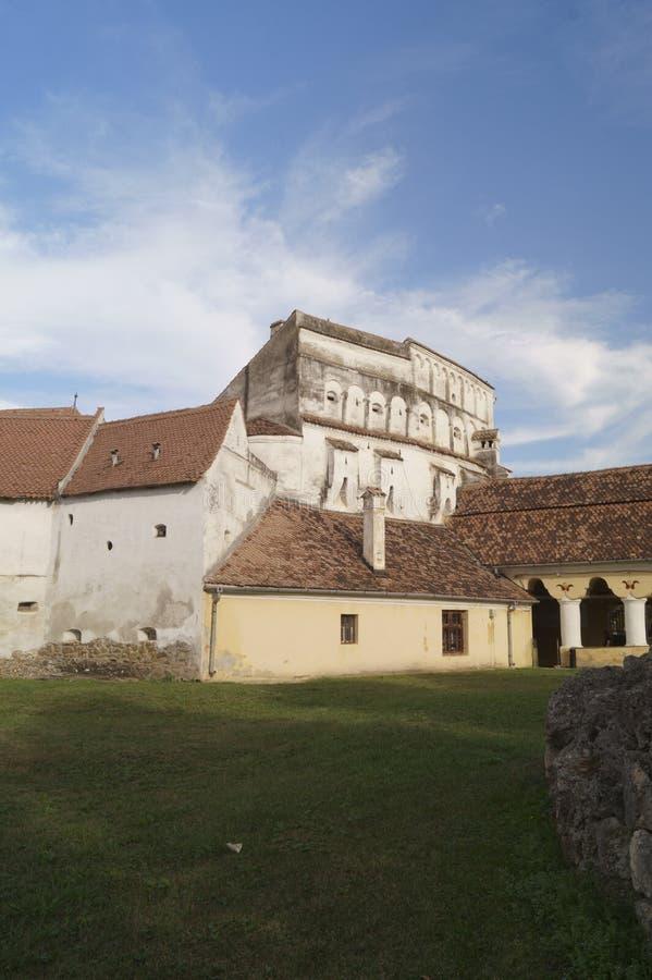 O Evangelical fortificou a igreja de Prejmer - entrada à fortaleza, Brasov, Romênia imagens de stock royalty free