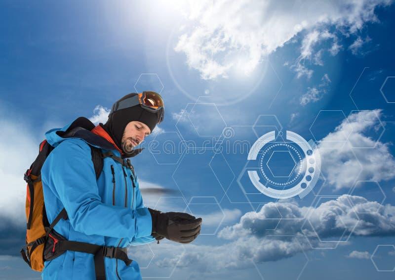 O explorador Man vestiu-se na engrenagem do ar livre e a roupa com céu frio conecta ilustração royalty free