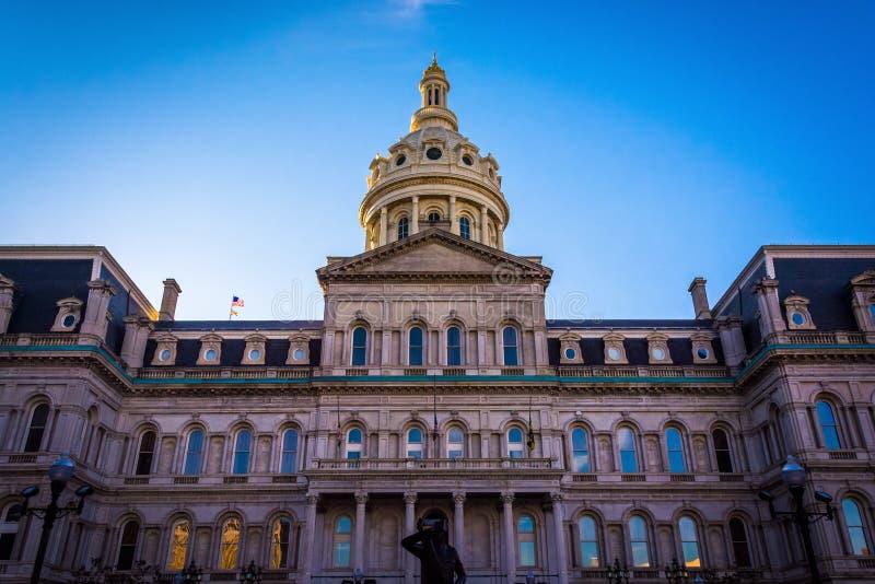 O exterior da câmara municipal em Baltimore do centro, Maryland foto de stock