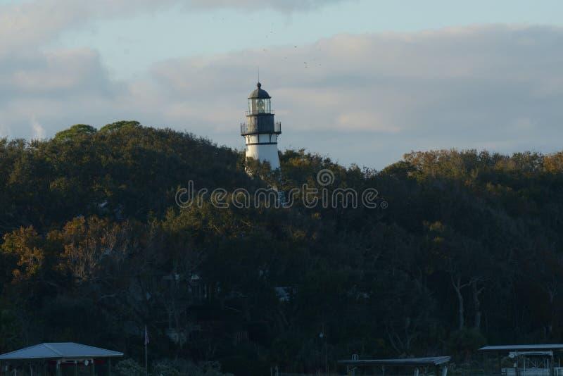 O feixe do farol de Amelia Island de luz pode ser considerado quinze milhas afastado fotografia de stock royalty free