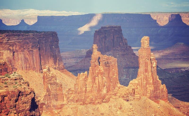 O filme velho do vintage estilizou formações de rocha em Canyonlands Nationa fotografia de stock royalty free