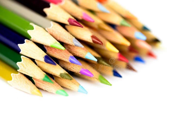 O fim acima do macro do lápis da cor ajustou-se no fundo branco foto de stock royalty free