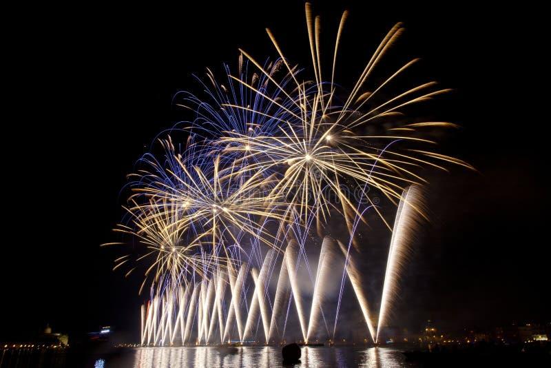 O fogo trabalha sobre Veneza imagem de stock royalty free