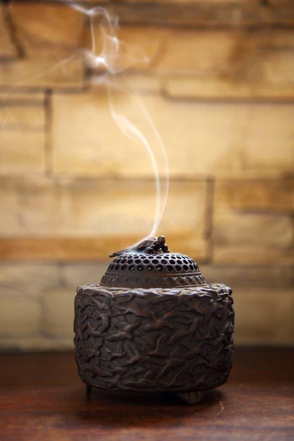 O forno dos sândalos, festival de mola chinês, será usado quando o tributo, o incenso e rezar para dispositivos do ` s do deus, imagem de stock royalty free