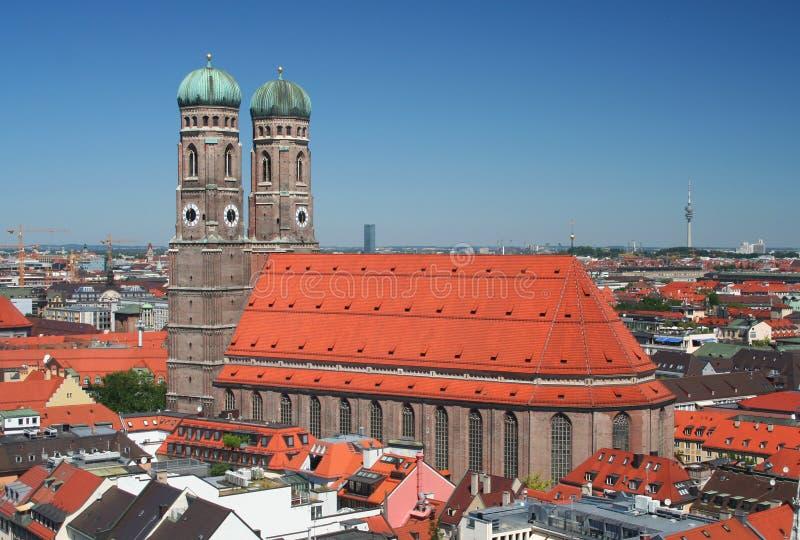 O Frauenkirche em Munich, Alemanha imagens de stock
