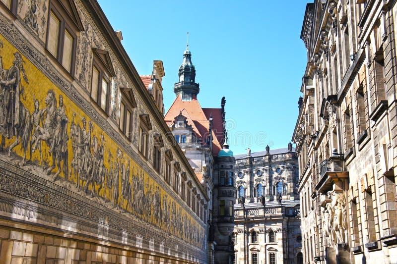 O Fuerstenzug (pintura mural gigante) em Dresden, Alemanha fotografia de stock royalty free