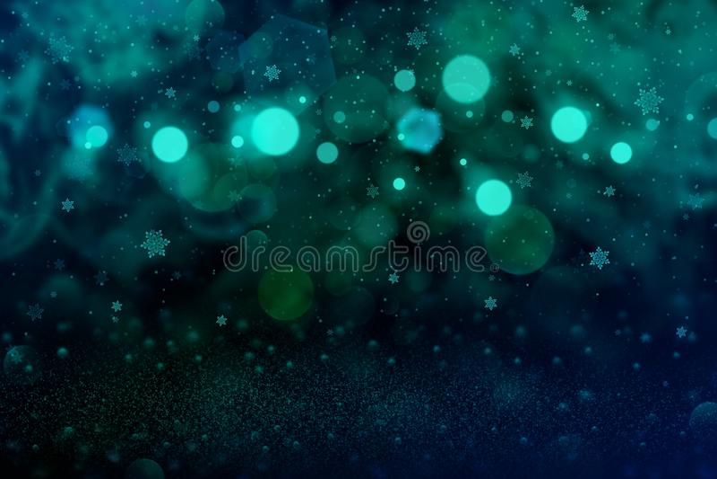 O fundo abstrato do bokeh defocused brilhante maravilhoso das luzes do brilho com os flocos de queda da neve voa, textura festiva ilustração stock