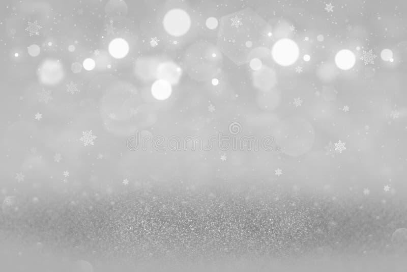 O fundo abstrato do bokeh defocused efervescente bonito das luzes do brilho com os flocos de queda da neve voa, textura do modelo ilustração stock