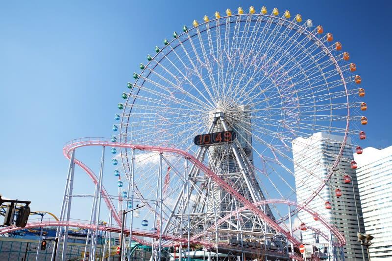 Download Ferris Roda Dentro O Céu Azul Foto de Stock - Imagem de círculo, entertainment: 29846038