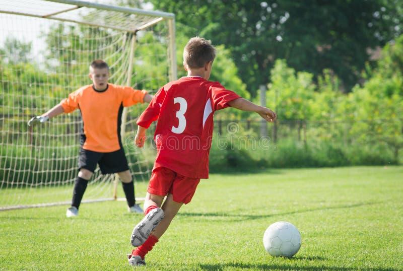 O futebol das crianças imagens de stock