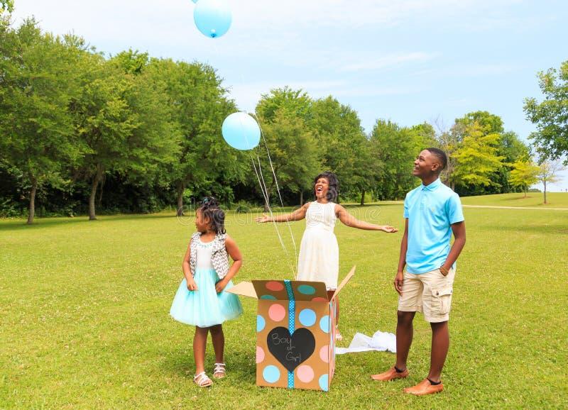 O gênero revela a liberação de Baloon