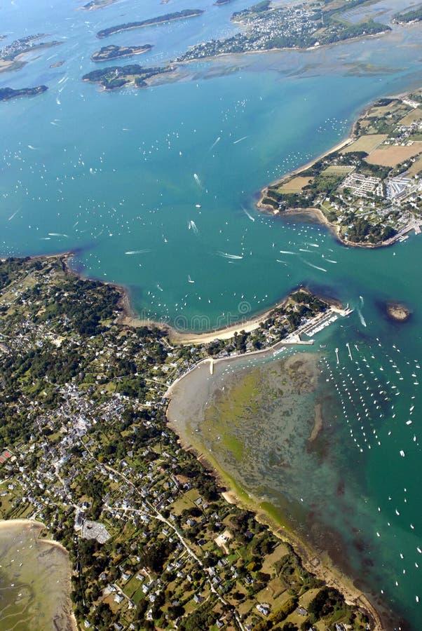 O golfo de Morbihan visto do céu fotografia de stock royalty free