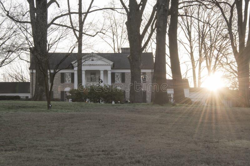 O Graceland de Elvis Presley no nascer do sol imagem de stock