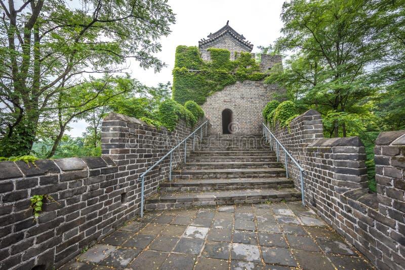 O Grande Muralha de China em Dandong foto de stock