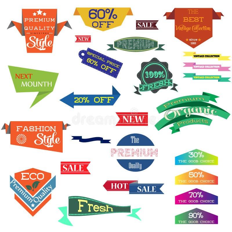 O grupo da ilustração do vetor de etiqueta do vintage, o crachá da etiqueta da etiqueta da bandeira e as fitas projetam elementos ilustração stock