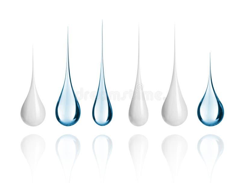 O grupo de leite e de água diferentes deixa cair o close-up imagem de stock royalty free
