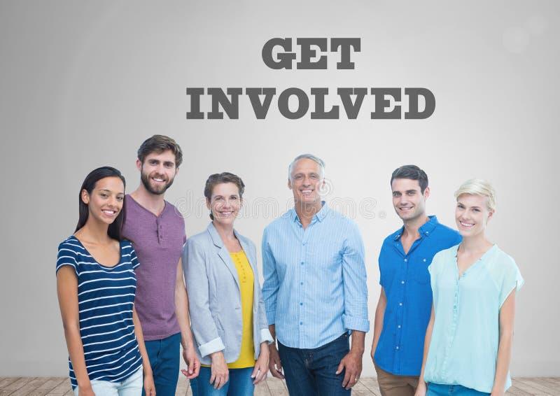 O grupo de pessoas que está na frente de obtém gráficos involvidos imagens de stock royalty free