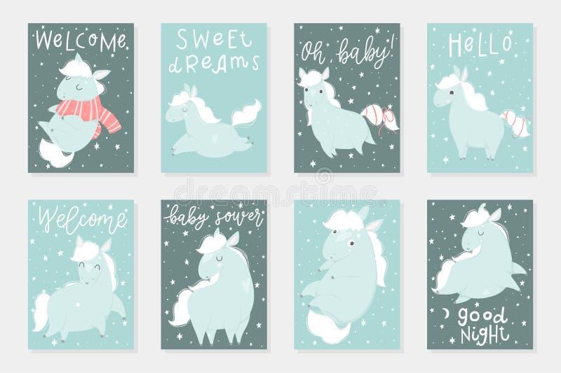 O grupo de 8 redy para usar cartões com os cavalos pequenos bonitos entrega ilustrações tiradas ilustração stock