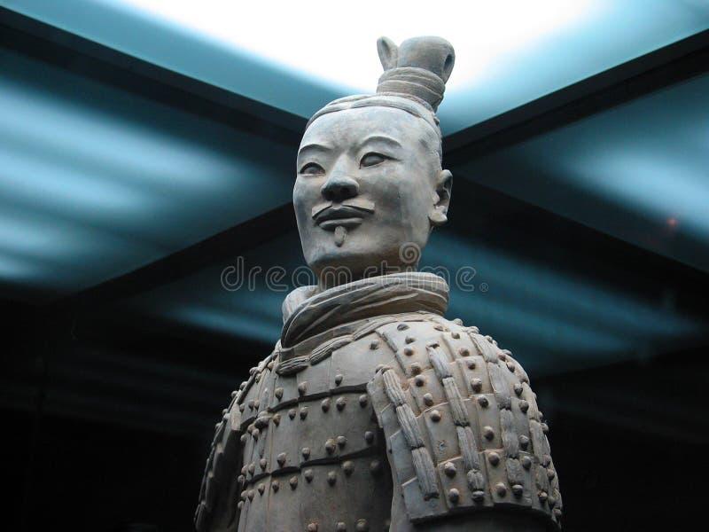 O guerreiro do exército do Terracotta fotografia de stock royalty free
