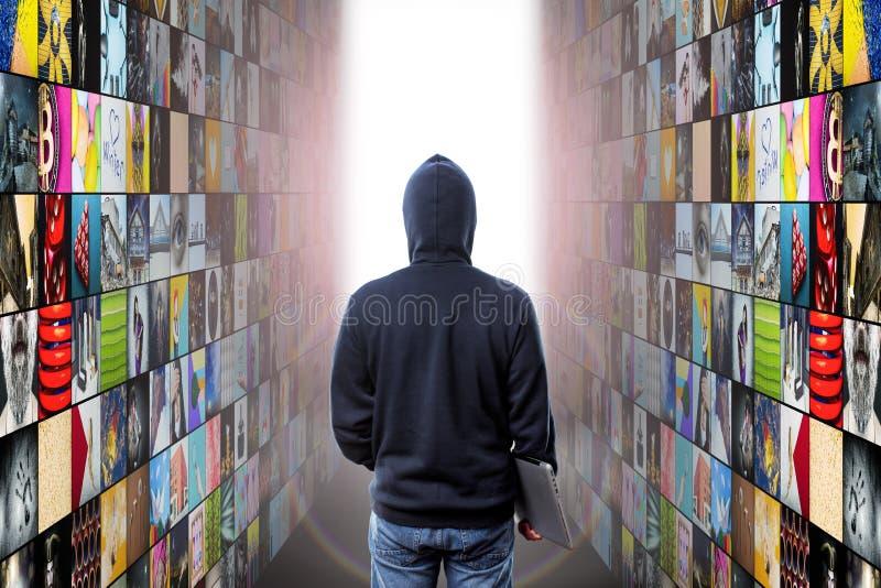 O hacker incorpora a realidade virtual imagem de stock royalty free