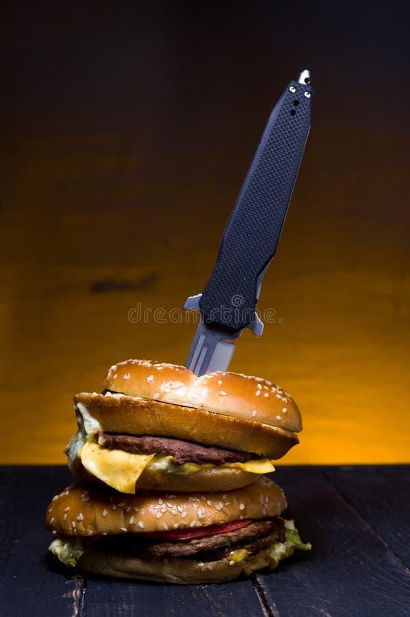 O hamburguer original Saque original do hamburguer Saque especial do hamburguer foto de stock royalty free