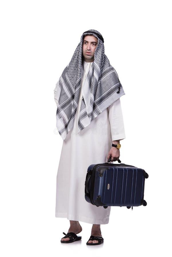 O homem árabe com a mala de viagem no conceito do curso isolada no branco foto de stock