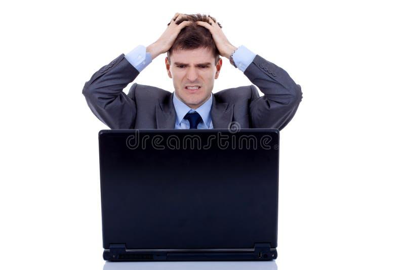 O homem de funcionamento é frustrante fotos de stock royalty free