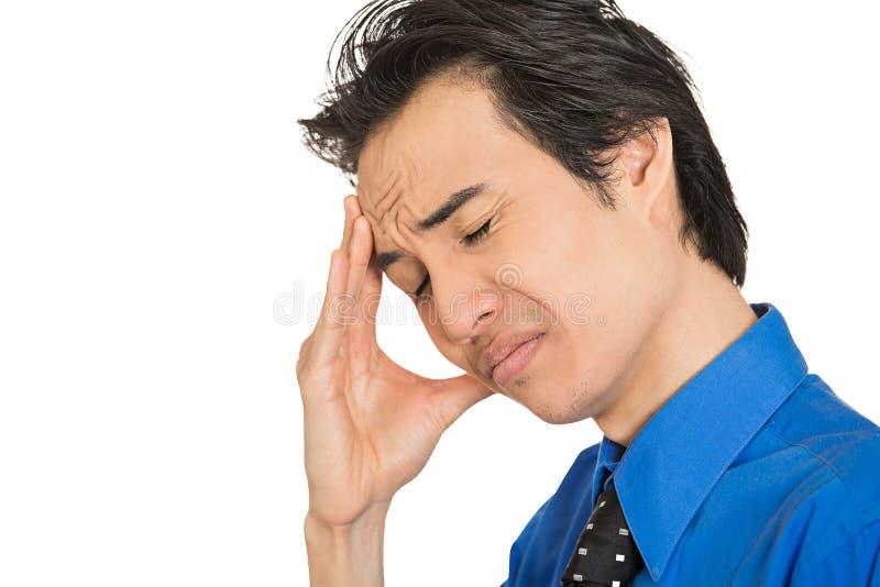 O homem de negócio novo infeliz triste eyes fechado incomodado fotos de stock royalty free