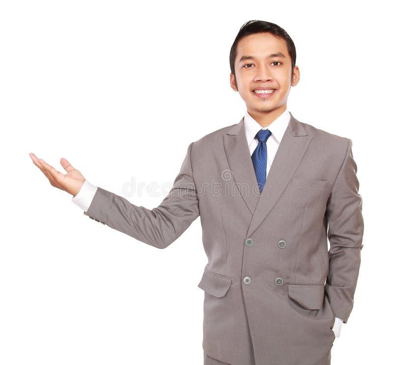 O homem de negócios novo com estilo convida fotos de stock royalty free