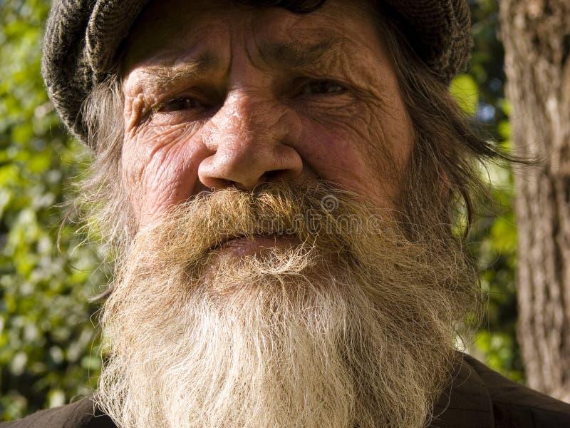 O homem farpado idoso imagem de stock
