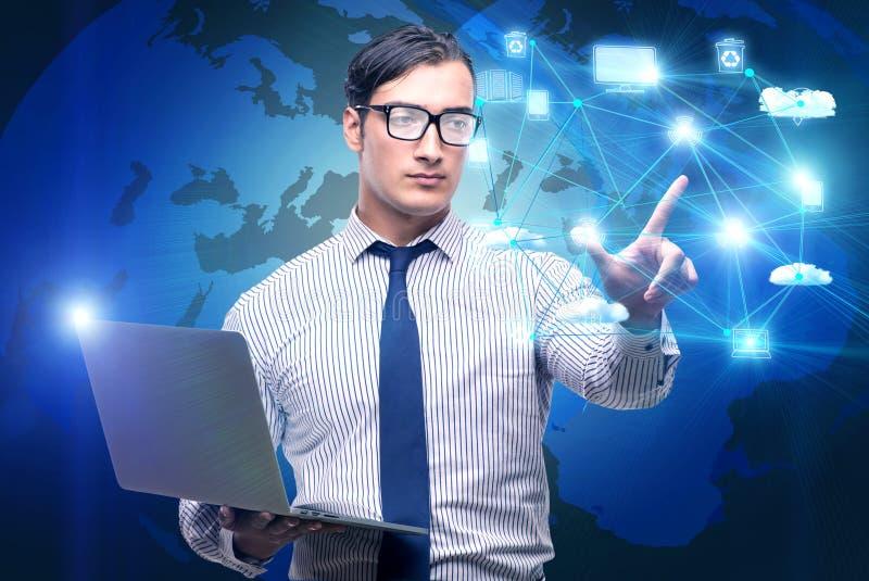 O homem no conceito de computação do cloup ilustração stock