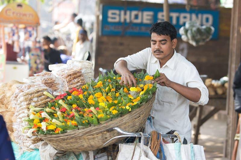 O Indian floresce o vendedor imagem de stock royalty free