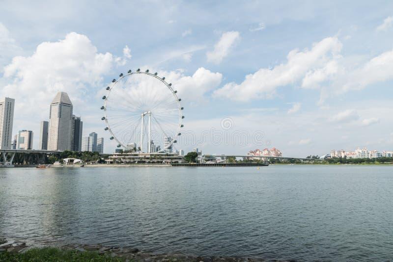 O inseto de Singapura os ferris gigantes roda dentro Singapura fotografia de stock