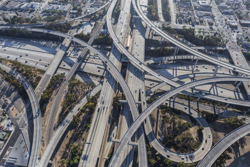 O intercâmbio da autoestrada de Los Angeles Ramps a antena fotografia de stock