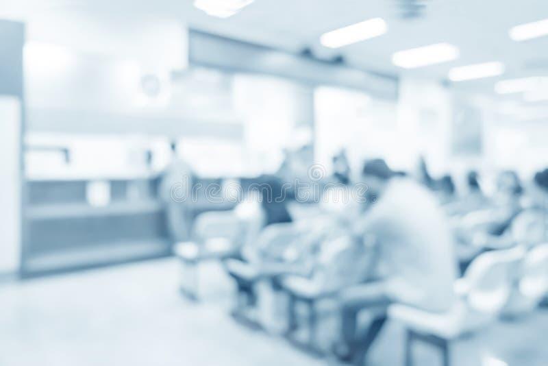 O interior borrado de dispensa no hospital fotografia de stock