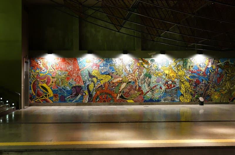 O interior da esta??o de metro Oriente fotografia de stock
