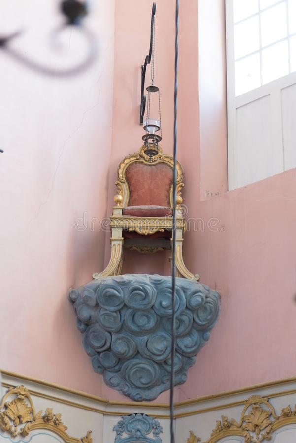 O interior da sinagoga a mais velha em Fran?a, em Cavaillon, agora um museu fotos de stock