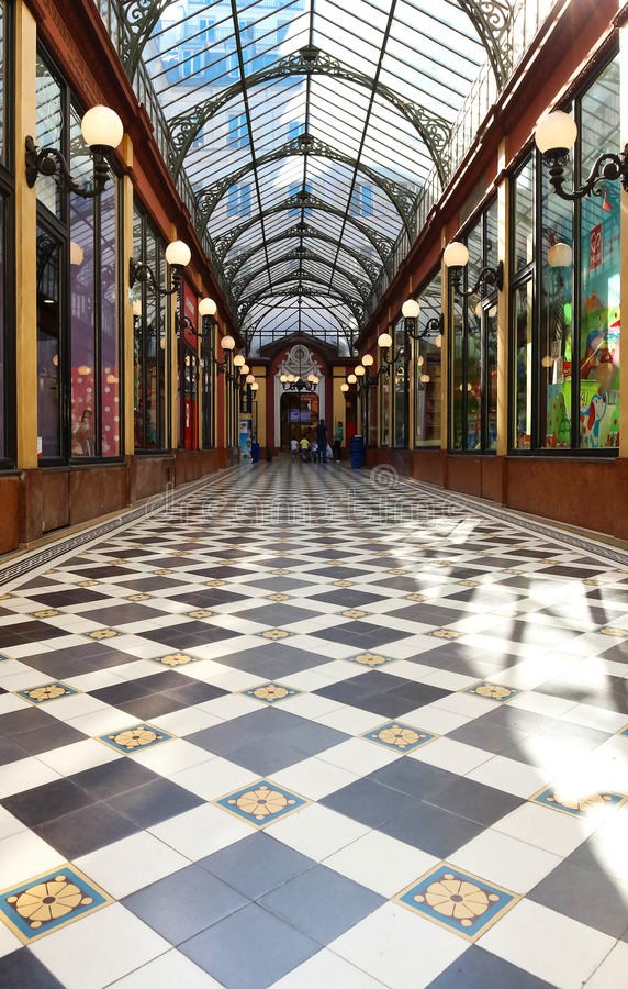 O interior de príncipes do DES da passagem, Paris, França imagem de stock royalty free