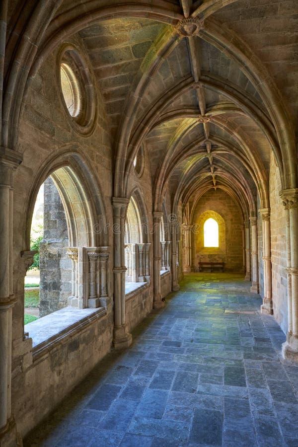 O interior do claustro do SE da catedral de Évora portugal imagens de stock