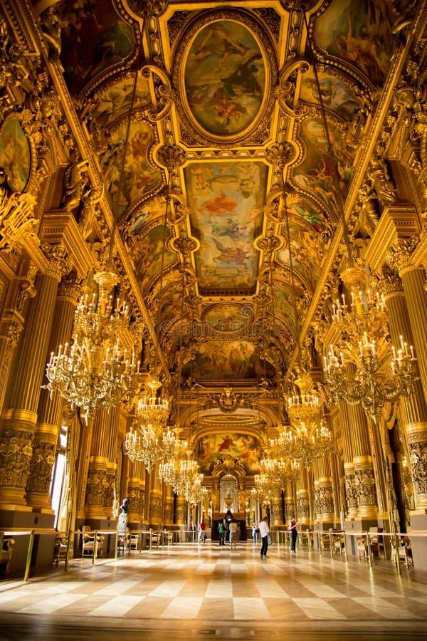 O interior do Palais Garnier imagem de stock