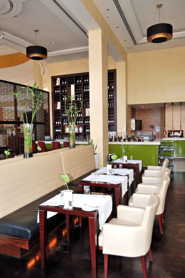 Download O Interior Do Restaurante Do Hotel De Luxo Foto de Stock - Imagem de cutlery, tampão: 26500098