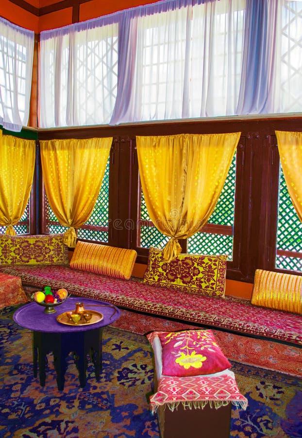O interior dos Tatars crimeanos, mobília oriental turca A imagem de stock royalty free