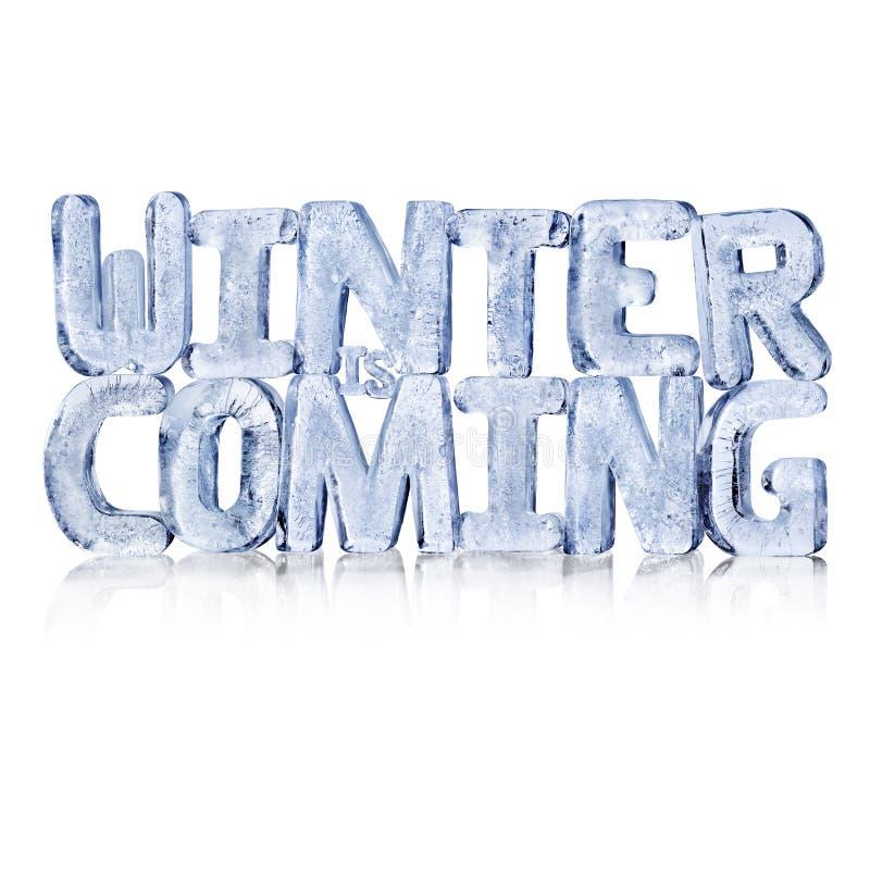 O inverno é letras de vinda do gelo no fundo branco imagem de stock royalty free