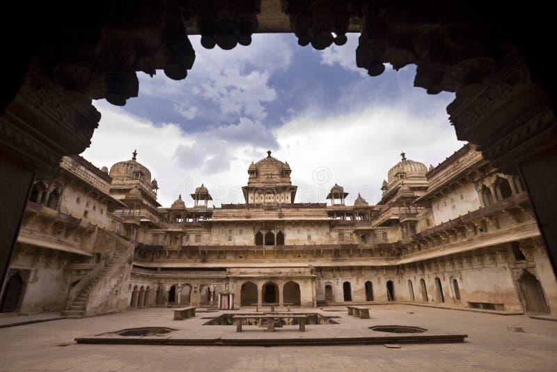 O Jahangiri Mahal em Orchha - India fotos de stock