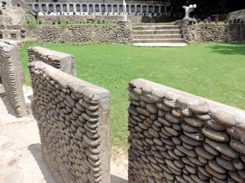 O jardim de rocha de Chandigarh, Índia imagem de stock